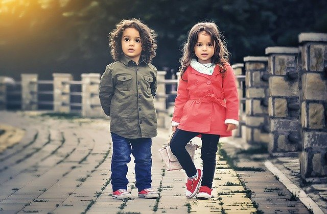 Smart Approaches to Kids' Fashion for Busy Moms